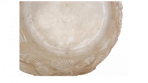 """René LALIQUE (1860-1945) - """"Charmilles"""" vase - Glass & Crystal Style"""