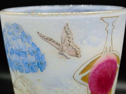 "Daum Nancy -   ""Hydrangeas"" Vase  -"