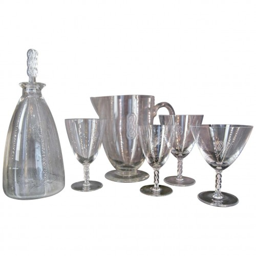 "Lalique France, Suite de verres ""Guebwiller"" 37 Pieces"