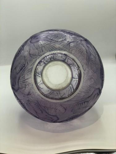 """Decorative Objects  -  R.lalique -  """"archer"""" vase"""