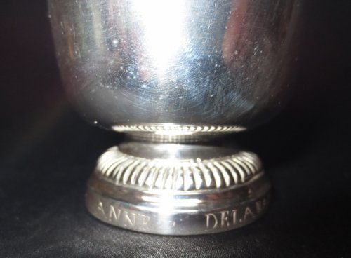 Antique Silver  - A XVIIIth century sterling silver Beaker