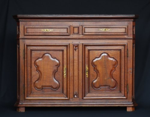 Oak wood buffet, northern France eighteenth century