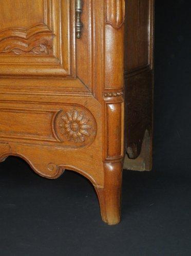 armoire en ch ne fin xviiie si cle. Black Bedroom Furniture Sets. Home Design Ideas