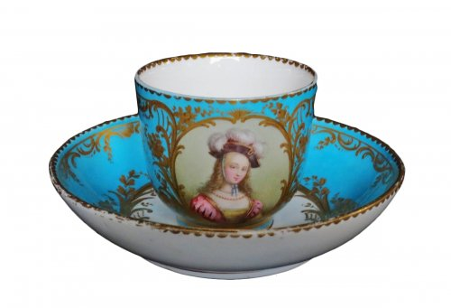 Sèvres porcelain cup and saucer, 18th century