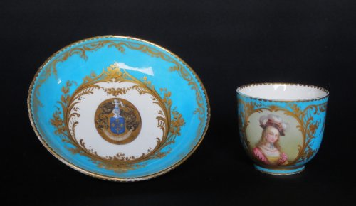 Porcelain & Faience  - Sèvres porcelain cup and saucer, 18th century