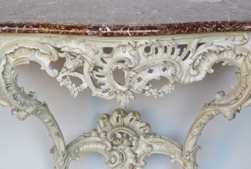 Lacquered wood console, Louis XV period - Furniture Style