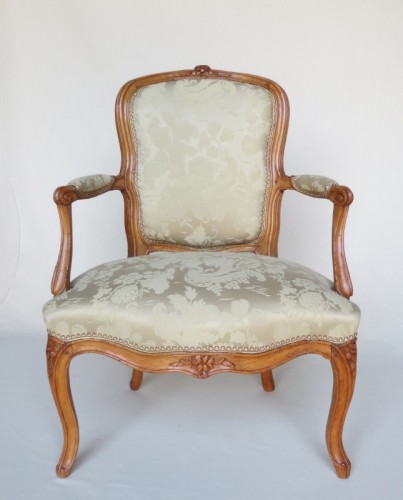 Pair of Louis XV period armchairs, stamped MDLP - Louis XV