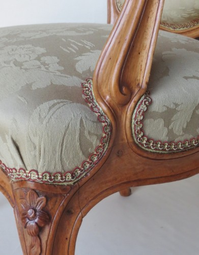 Louis XV - Pair of Louis XV period armchairs, stamped MDLP