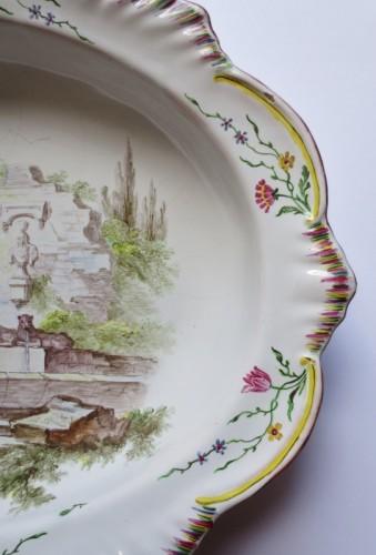 """Antiquités - Marseilles earthenware dish """"Veuve Perrin"""" 18th century"""