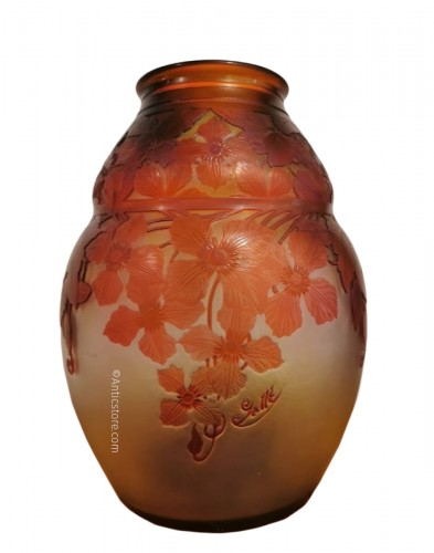 "Emile Gallé - Vase ""with clematis"""