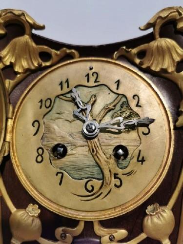 Horology  - Louis Majorelle - Art Nouveau clock with poppies