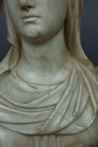 17th Century Baroque Roman Marble Vestal Buste -