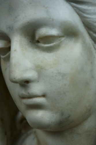 Antiquités - 17th century Tuscany School -  Bust of the Virgin