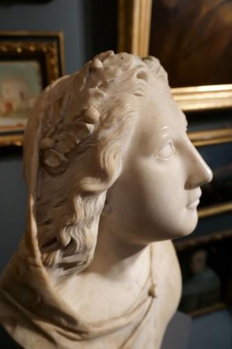 Sculpture  - 17th century Baroque Marble Italian Bust
