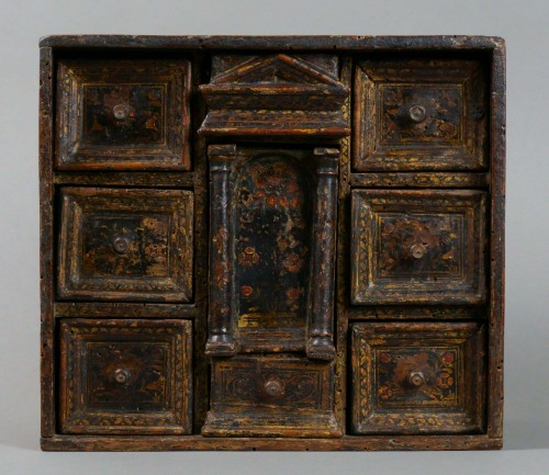 Lacquered Venetian Cabinet Persian Decor late 16th century - Furniture Style Renaissance