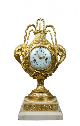 French Louis XVI Ormolu Mantel Clock Vase Brécourt model