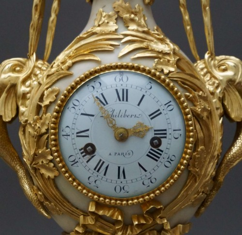French Louis XVI Ormolu Mantel Clock Vase Brécourt model - Clocks Style Louis XVI