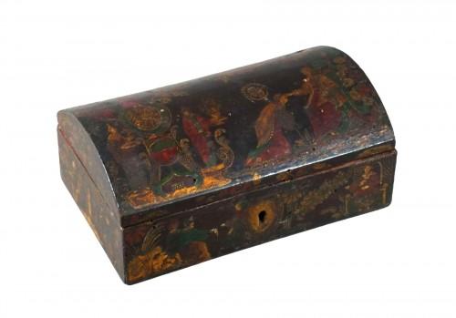 17th century Italian Venetian lacquer casket box