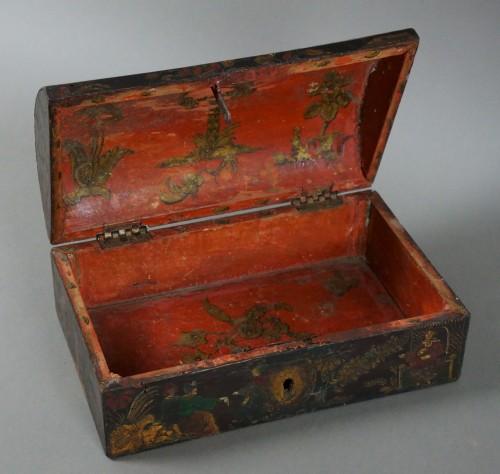 Objects of Vertu  -  17th century Italian Venetian lacquer casket box