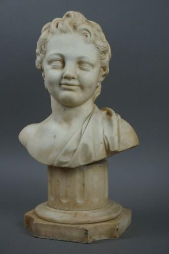 17th Century, Italian Baroque Marble Bust Portrait Of Boy - Sculpture Style Louis XIV