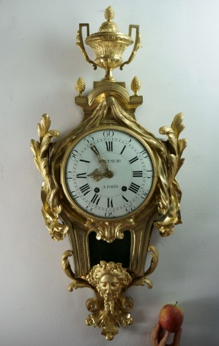 Antiquités - 18TH CENTURY IMPOSING LOUIS XV GILT BRONZE CARTEL CLOCK BALTAZAR CLOCKMAKER