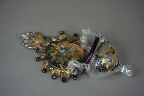 Antiquités - Holy water stoup in golden Murano glass and polychrome Venice 18 century