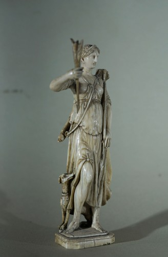 Diane - 17th century Ivory sculpture - Objects of Vertu Style Louis XIV