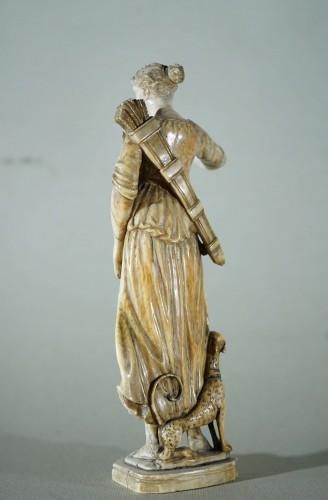 17th century - Diane - 17th century Ivory sculpture