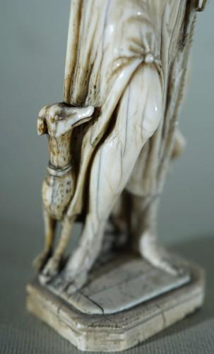 Diane - 17th century Ivory sculpture - Louis XIV