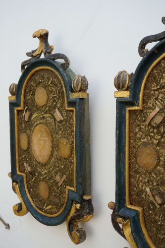 Large Baroque Reliquaries Frame with Relics and Agnus Dei in Wax -