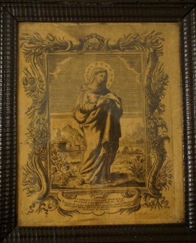 Religious Antiques  - 17th Italy Silk Engraving in Guilloche Molded Frame