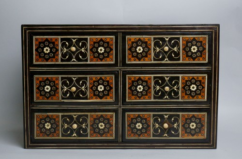 16th century Indo-Portuguese cabinet, Sadeli mosaic, Gujarat or Sindh  - Furniture Style