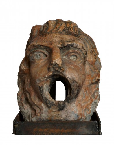 16th Renaissance Red Marble Grotesque Mask
