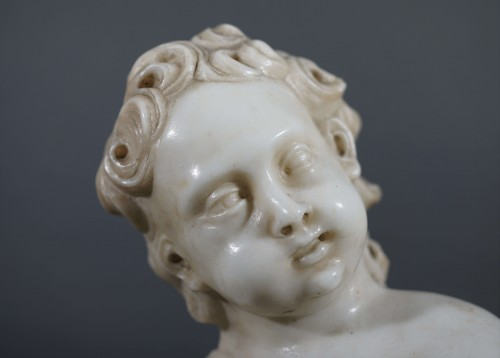17th Italian Baroque Putto Marble Sculpture  - Sculpture Style Louis XIV