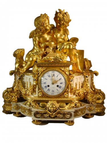 horloge et pendule ancienne antiquit s anticstore. Black Bedroom Furniture Sets. Home Design Ideas