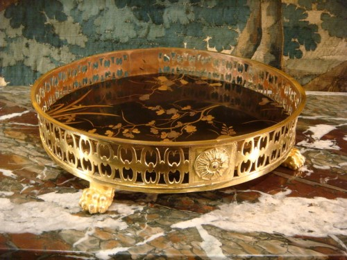 A lacquer and bronze Table centerpiece - Decorative Objects Style Napoléon III