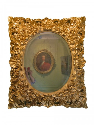 Large Giltwood Baroque mirror