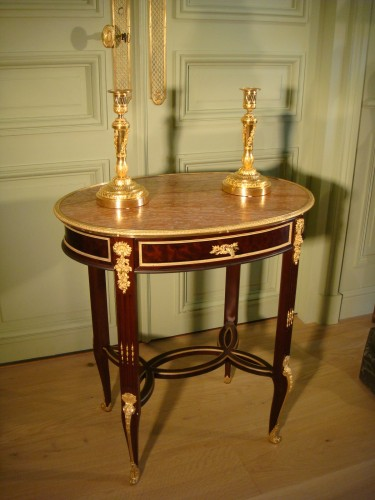 Table Gueridon de salon  - Antiquaires Balzeau & Brion