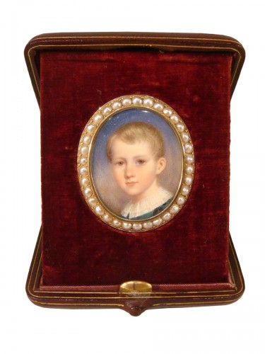 Portrait miniature broche en or et perles fines
