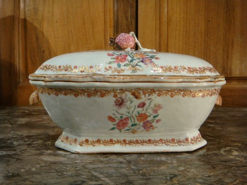 Porcelain terrine from the Compagnie des Indes - 18th century -
