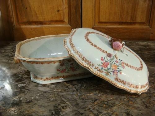 Antiquités - Porcelain terrine from the Compagnie des Indes - 18th century