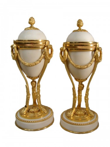 Pair of white marble and gilt bronze cassolettes