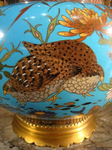 - Covered Cloisonne Vase with Partridges - Japan Meiji Period