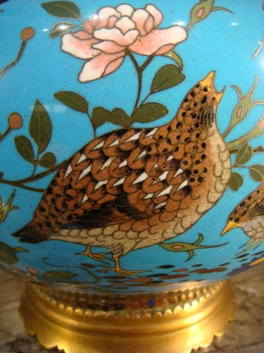 Antiquités - Covered Cloisonne Vase with Partridges - Japan Meiji Period