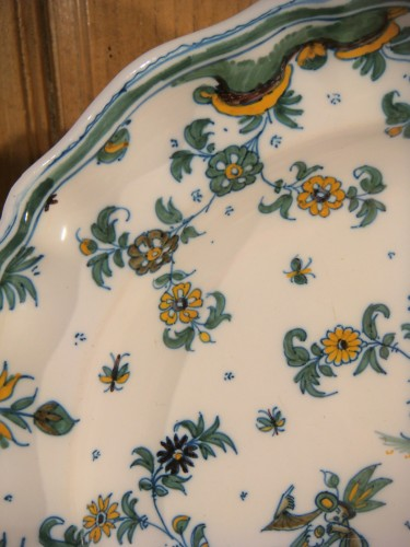 18th century - Pair of large Moustiers earthenware plates 18th century