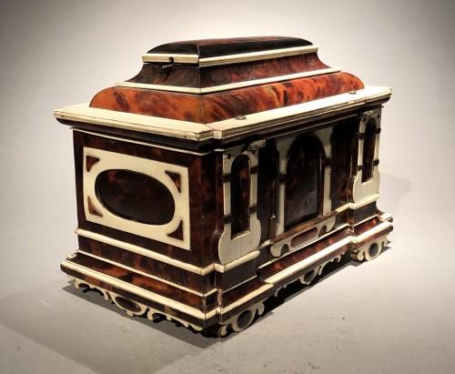 Renaissance - Small German table cabinet
