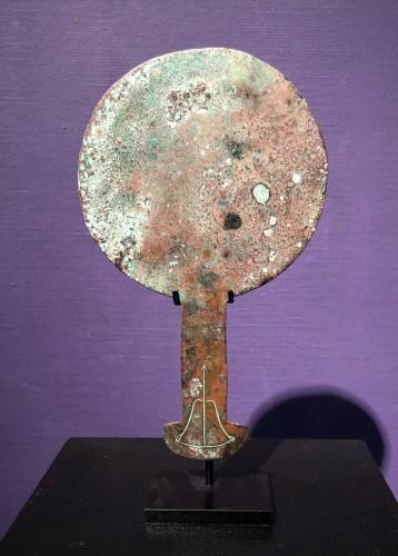 Etruscan mirror . -