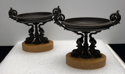 Decorative Objects  - A Pair of Charles X bronze Tazza's