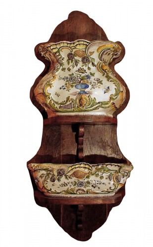End of 18th c. french faience fountain