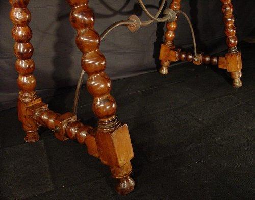 Louis XIII - 17th C. Spanish walnut console